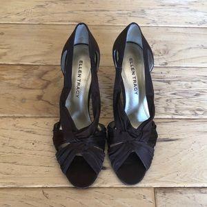ELLEN TRACY Criss-Cross Brown Heels